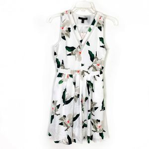 Banana Republic White Floral Fit & Flare Dress 00P